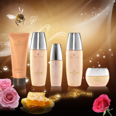Aquashui Royal Jelly Series -